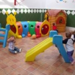 Patio guarderia infantil la comenta en Usera Madrid2